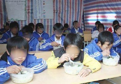 Bán 6 tấn gạo của học sinh dân tộc, hiệu trưởng và hiệu phó bị bắt