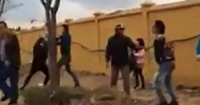 Kinh hoàng vụ xô xát 'đánh cả bé gái' gần trường THCS Long Biên