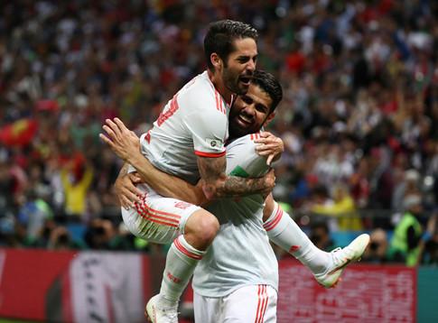Tây Ban Nha chiến thắng nhọc nhằn trước Iran với tỉ số 1-0