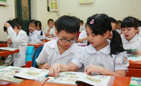 Bộ GD&ĐT chưa thay sách giáo khoa lớp 1 từ năm học 2019-2020