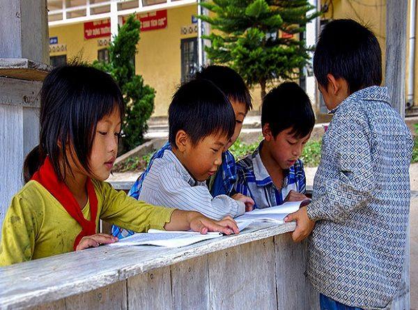 Hơn 20% người dân tộc thiểu số trên 15 tuổi chưa đọc thông, viết thạo