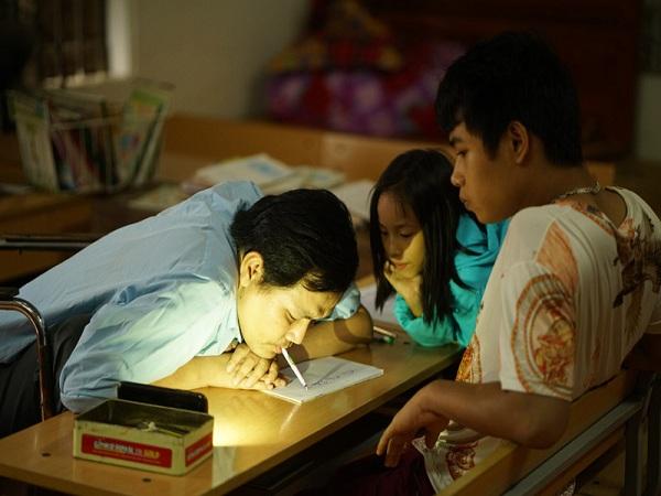 Giáo dục Hà Nội hỗ trợ 162 nhà giáo có hoàn cảnh khó khăn