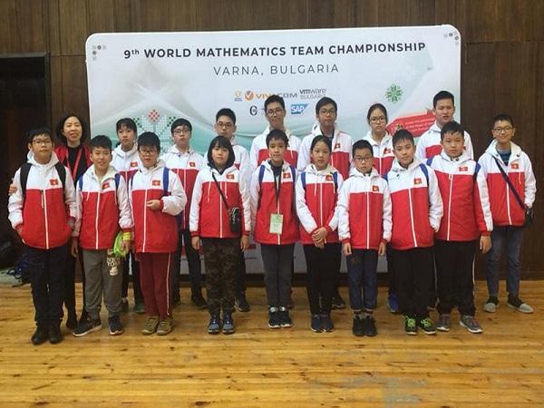 Học sinh Việt Nam giành 9 HCV thi Vô địch các đội tuyển Toán thế giới