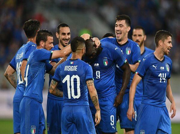 Italia duy trì thành tích toàn thắng