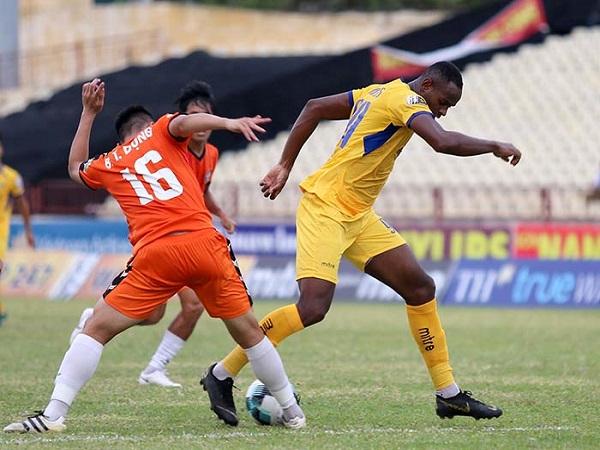 SLNA bị bật khỏi top 3 V-League