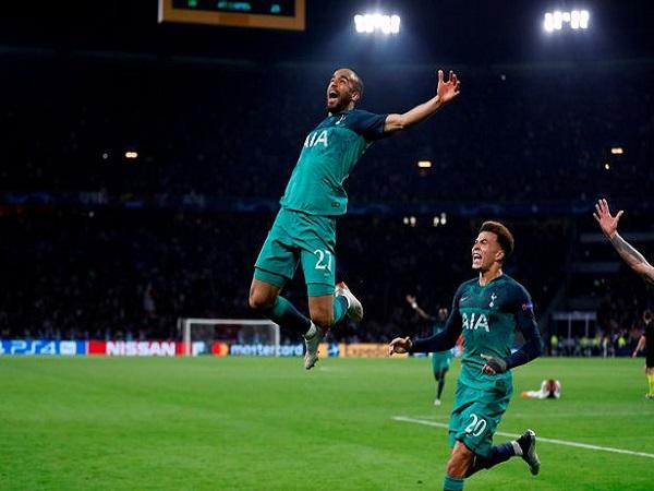 Tottenham ký hợp đồng mới với 'chìa khóa Champions League'