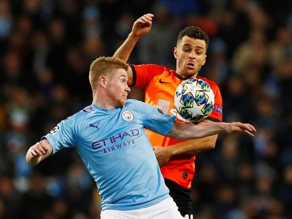 Man City lập chuỗi bất bại vòng bảng Champions League