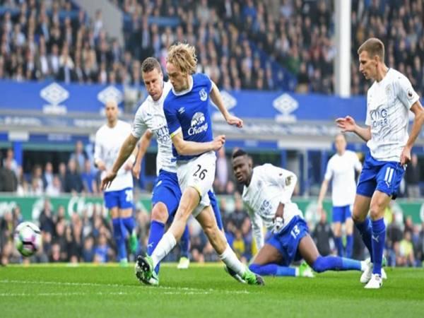 Soi kèo Everton vs Leicester 02h45 ngày 19/12