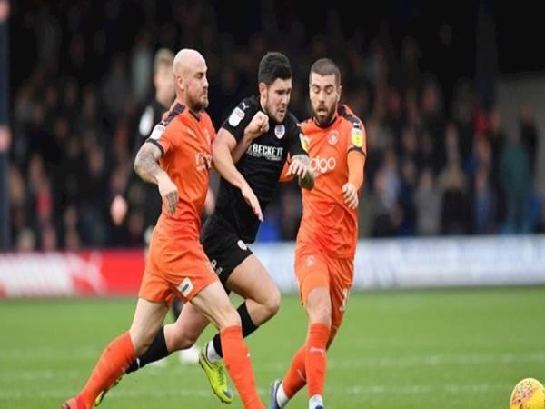 Nhận định trận đấu Barnsley vs Luton Town (1h45 ngày 18/8)